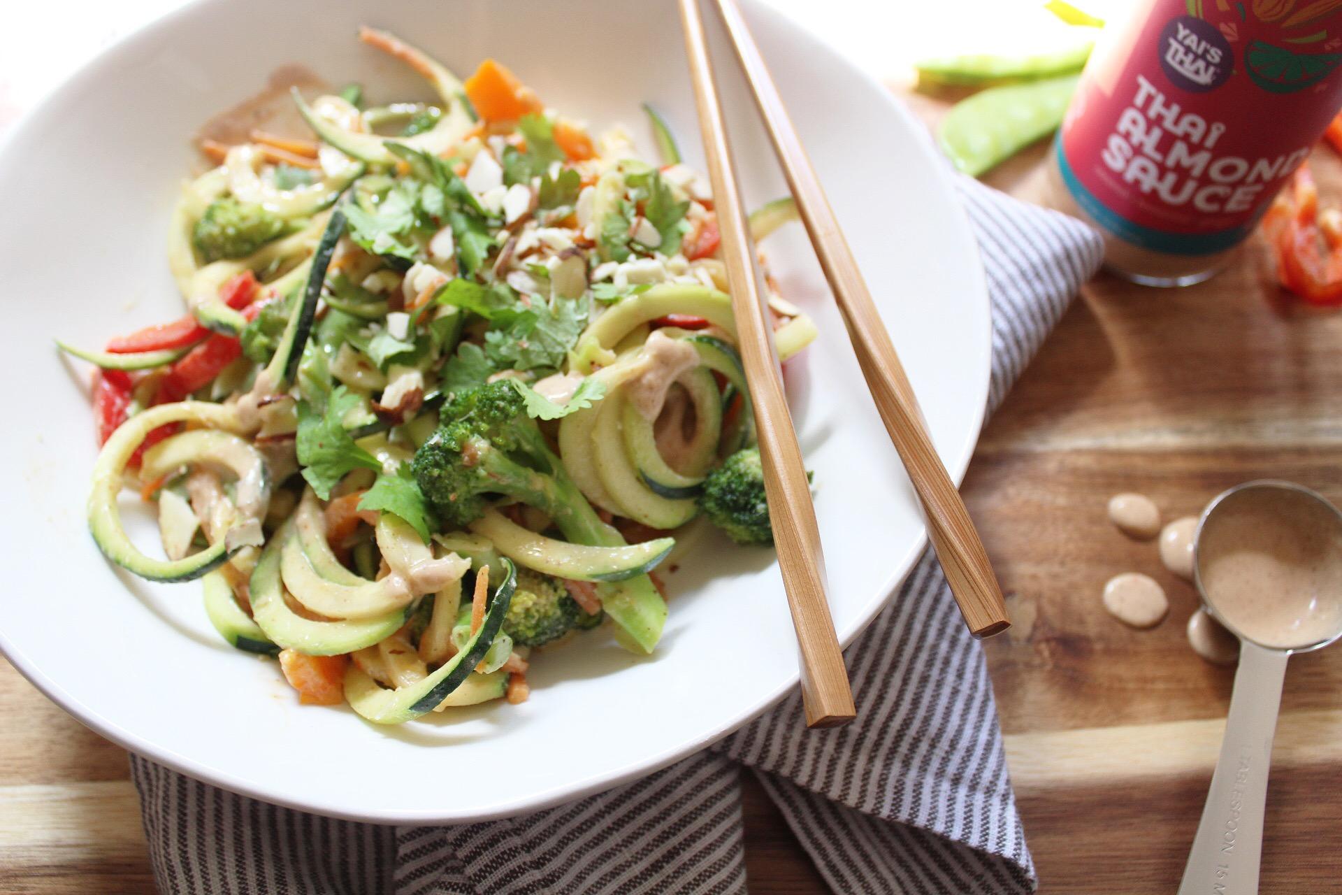 paleo pad thai salad
